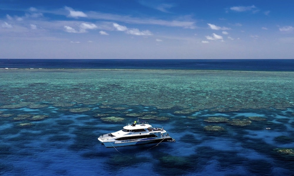 Premium Great Barrier Reef Cruise to 3 Reef Locations