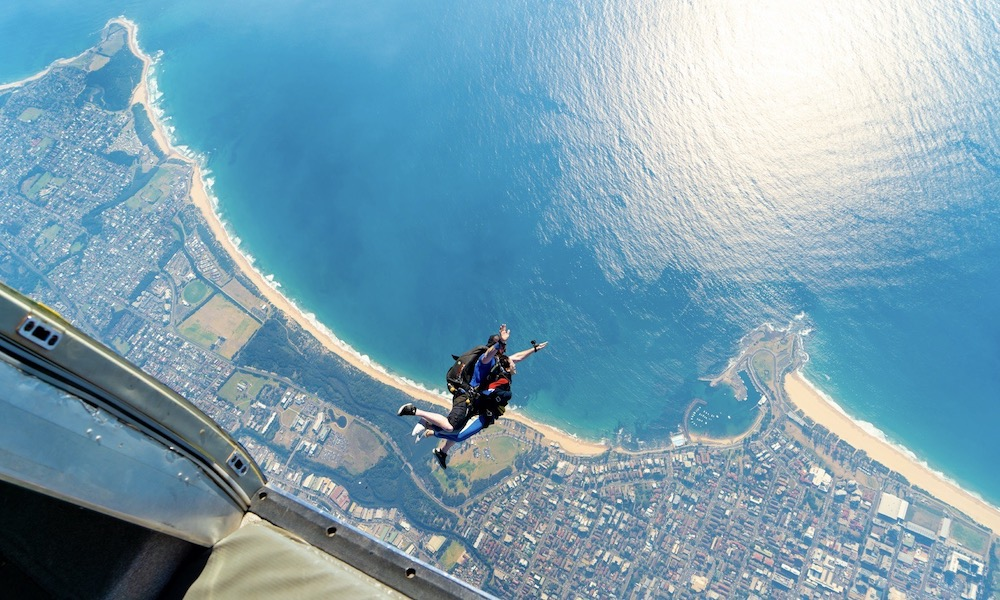 Sydney Wollongong Tandem Skydive up to 15,000ft