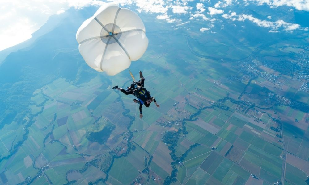 Cairns Tandem Skydive up to 15,000ft