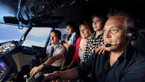 Boeing 737 Flight Simulator Northbridge, Perth - 1 Hour Shared Flight For Up To 3!